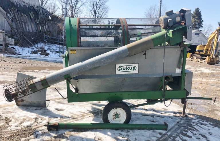 "Sukup 48"" Grain Cleaner, Dual Screen, 8"" Feed Auger, Tailings Auger, Single Phase, Nice Condition"