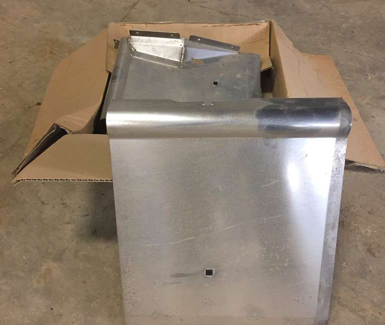 Complete Stainless Steel Floor Kit for a 3020 Case International Harvester 30' Flex Head, Low Stone Damn, Was Installed but Never Used