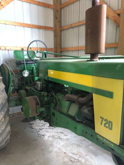 John Deere 720 Diesel Tractor, Wide Front, New Ignition System on Pony Motor, ($1000 Spent on Minor Repairs)