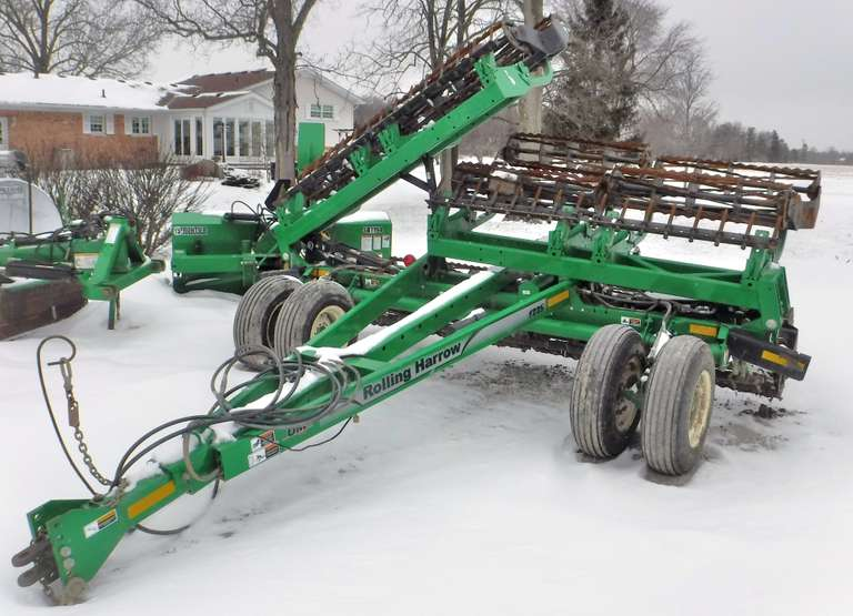 2011 Unverferth 1225 Rolling Harrow, 25' Wide with Double Baskets and Spike Leveler, Light Kit, Always Housed, Farmer Retiring, Good Condition