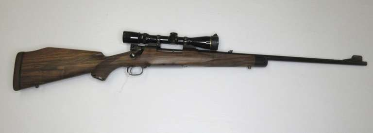 Winchester Model 70 .270 Cal. Bolt Action Rifle, Upgraded Premium Monte Carlo Stock, Includes 2.5-8 Power Leupold Scope