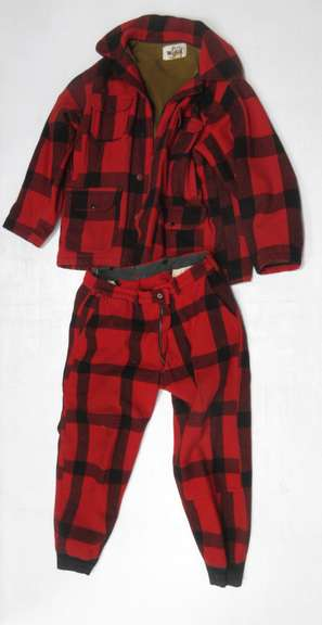 Woolrich Plaid Heavy Coat, Size 46 with Pants, Size Unknown