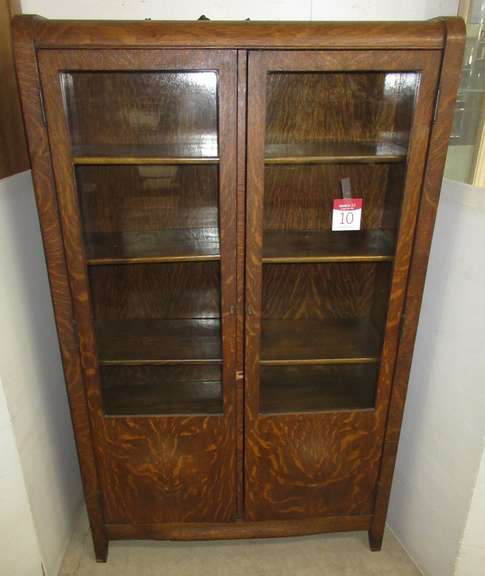 Antique Quarter Sawn Two-Door Bookcase with Unusual Bombe Curved Door Panels and Sides with key