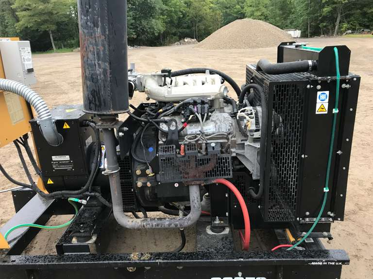 2004 Olympian CAT Generator by Caterpillar, (112 Hours), G30F, 37.5 KVA, 30 KW, 480/277 3-Phase, 12-Volt, Natural Gas, Always Housed, Like New, NOTE:  Video loaded for this item!