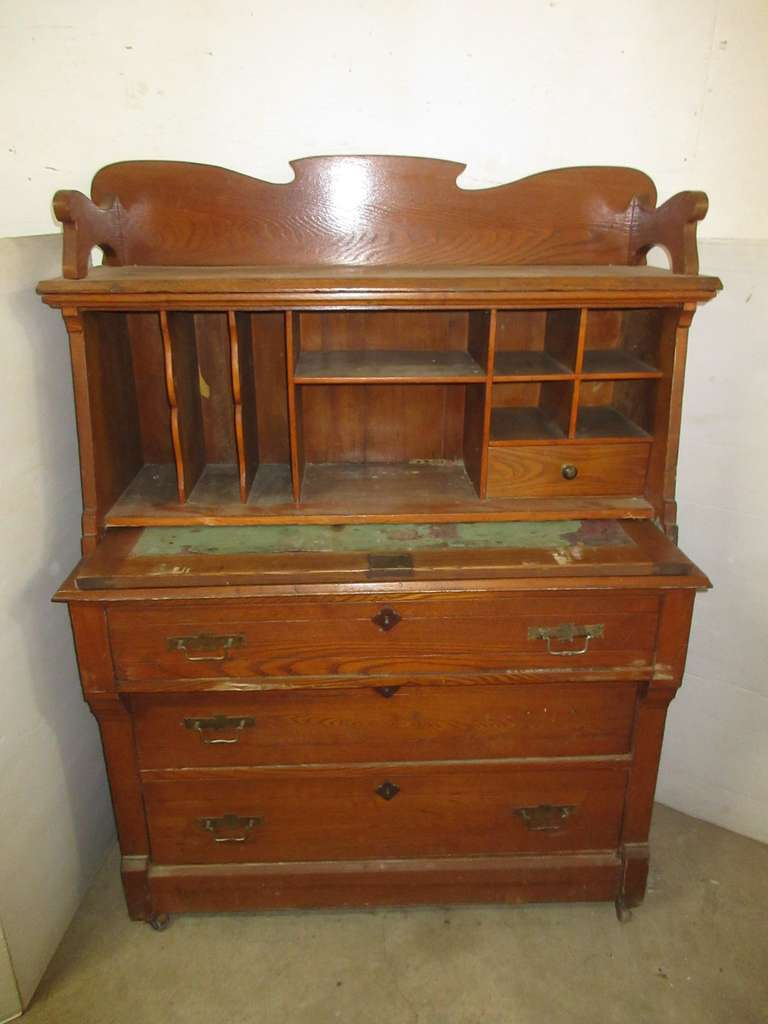 Eastlake Oak Secretary with Dovetailed Drawers