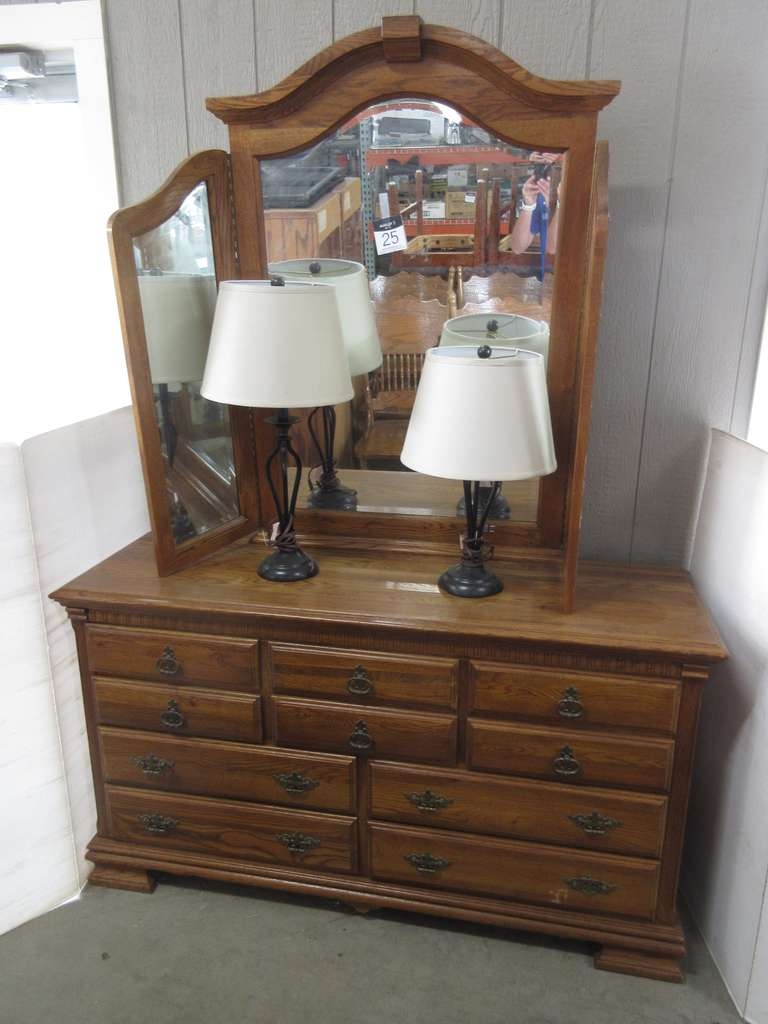 Large Oak/Oak Laminate Dresser with 10 Drawers, Large Folding Mirror Attaches to the Back, Includes a Matching Set of Lamps
