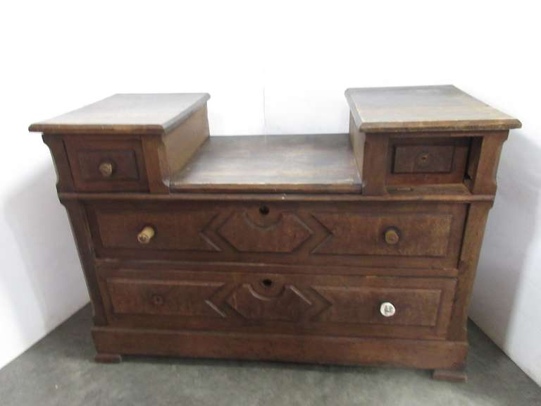 Antique Solid Wood Four-Drawer Vanity