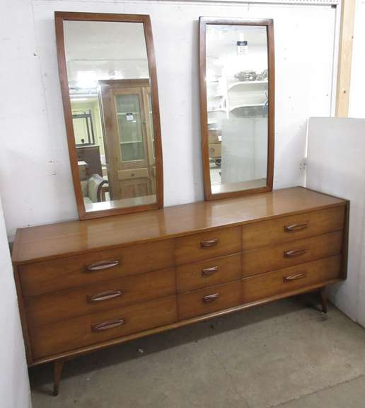 Mid-Century Modern Dresser with Two Attachable Mirrors
