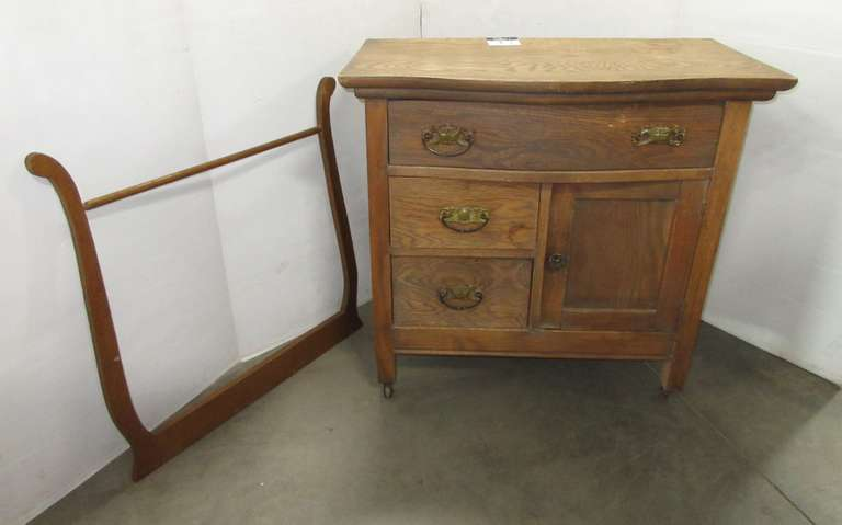 Antique Dry Sink with Towel Bar, Screws for Towel Bar are in Top Drawer