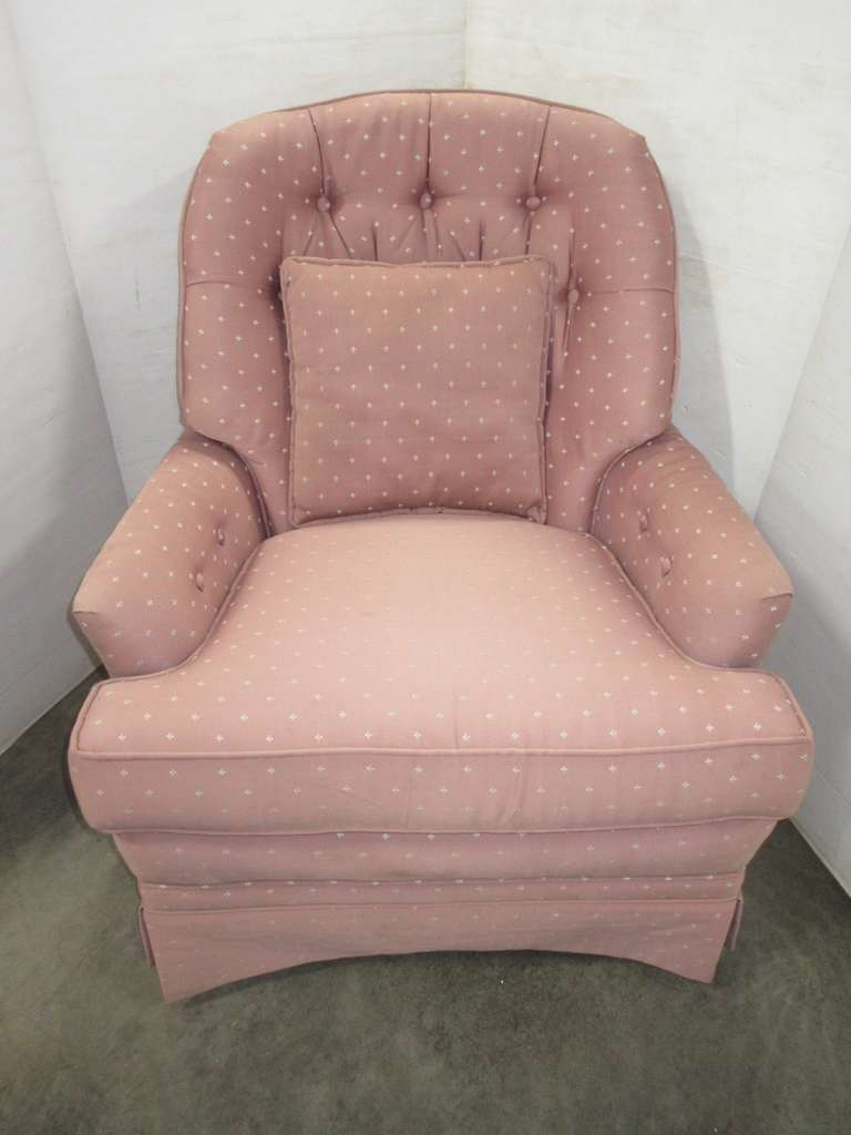 Living Room Accent Chair with Arm Guards and Matching Pillow