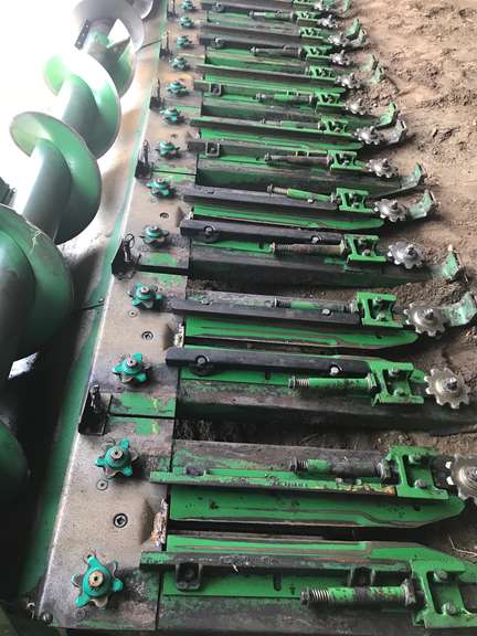 (9)-John Deere Series Row Units with Calmer Residue Management BT Chopper Kit, Will Also Fit 90 Series Row Units
