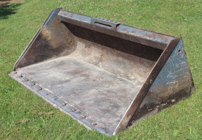 "Skid Steer Bucket, 74"", 27.2 Cu.Ft."