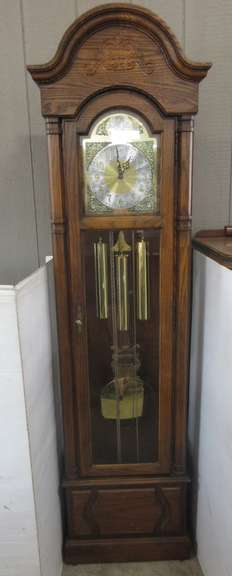 Howard Miller Grandfather Clock, Model 610-160, Comes with Manual and Oiling Instructions, Registered in 1944, Brass Label on Inside of Door