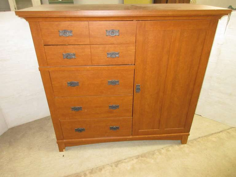 Mission Style Cabinet/Dresser