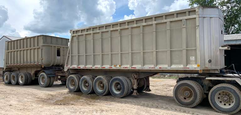 Quad Axle Lead Trailer with a Single Dolly and 3-Axle Pup, One Lift on the Lead, Needs Some Work, Lead and Dolly have 11R22.5 Tires, Pup has 10-22.5 Tires, Air Tailgates, Come with Tarps and Beet Racks, Clean and Clear Titles