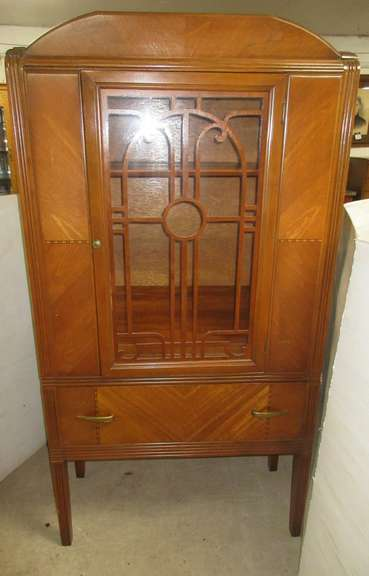 China Cabinet, Matches Lot No. 3