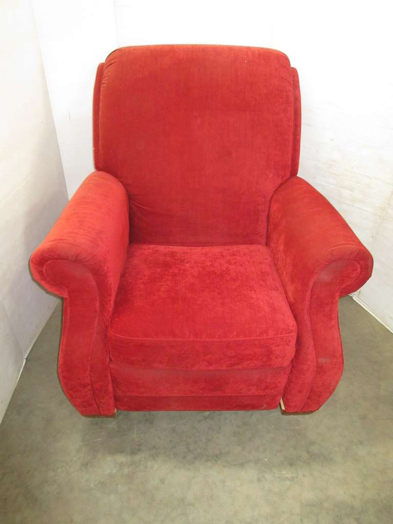 La-Z-Boy Red Recliner, Matches Lot No. 10