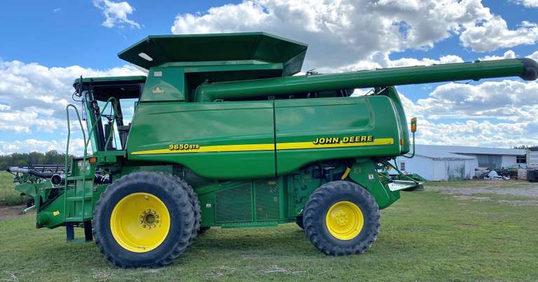 John Deere 9650STS 4WD Combine with 930F Grain Head with Air Reel, Full Finger Drum on Grain Head, $45,000 of New Parts in the Last Three Years on the Combine, 75% Tread on Tires, Selling Due to Second Machine, Header Cart NOT Included