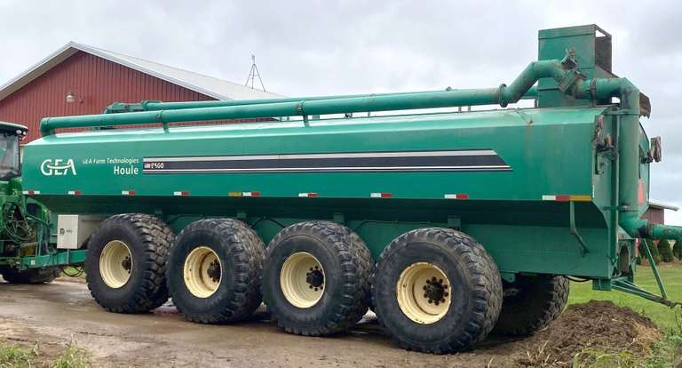 2011 Houle 9500 Tank Sand Auger Transfer Boom, B&M Pump, Ready to Work