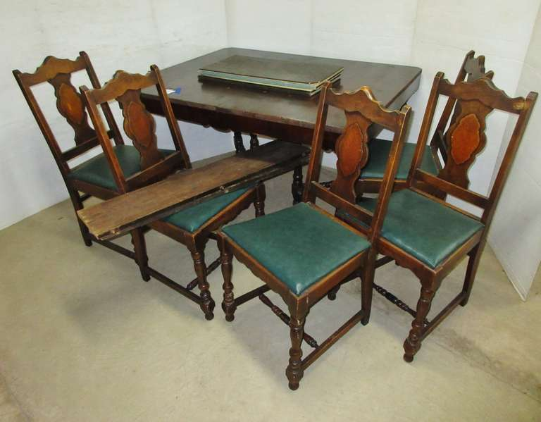 Duncan Table and (5) Chairs with Pads for Top and (2) Leaves