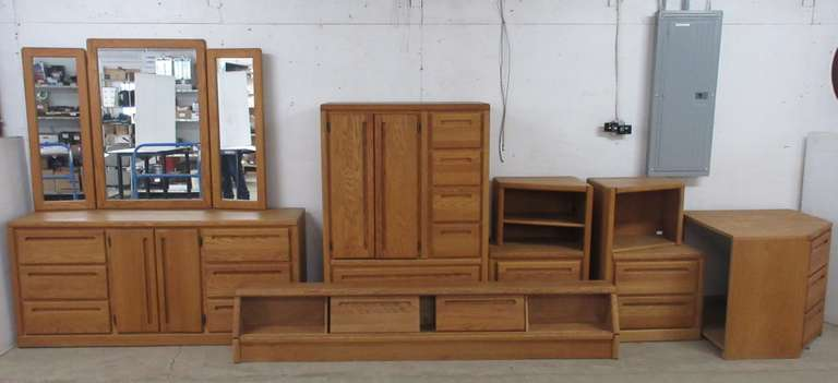 King Size Bedroom Set, Includes: Headboard, Chest of Drawers with Mirror, Dresser, and Nightstands