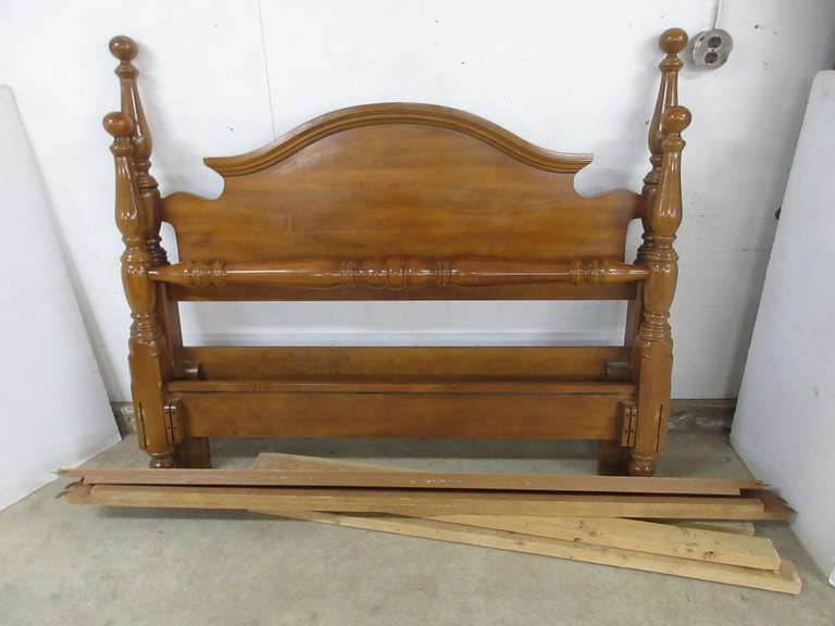 Full Size Bed with Headboard, Footboard, and Side Rails