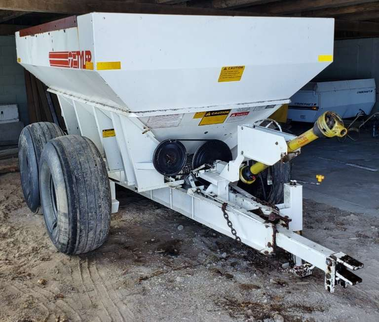 Tyler Model LF6 6-Ton Fertilizer/Lime Spreader, Hydraulic Ground Driven Engagement, 540 PTO, Good Condition