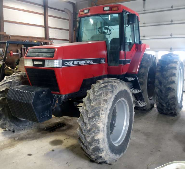 "1991 Case International Harvester 7140 Magnum MFWD Tractor, (6155 Hours), 20.8R38 Rear Duals, 3-Point, 1000 RPM PTO, 1 3/4"" Shaft"