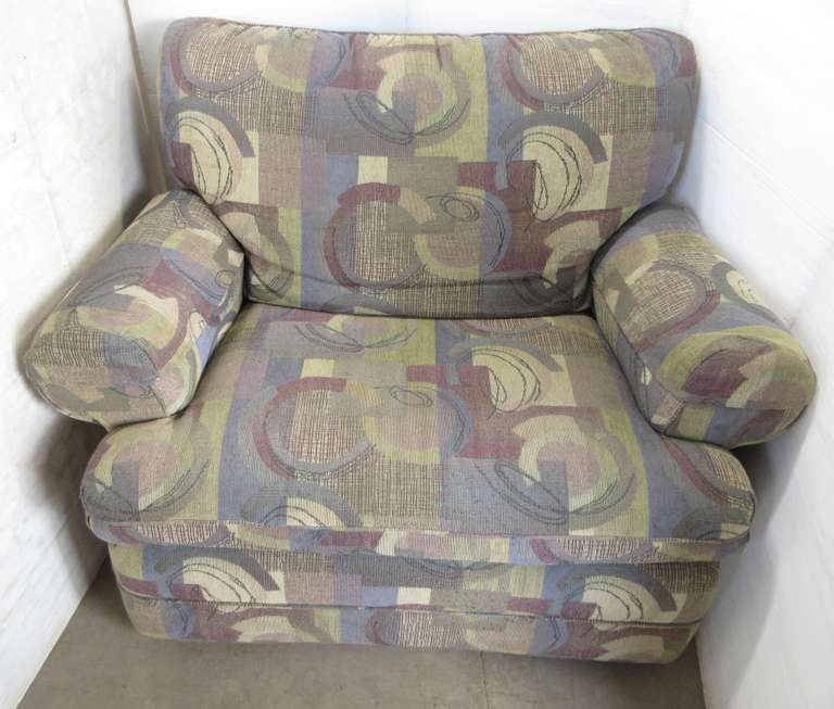 Wide Recliner Chair with Footrest
