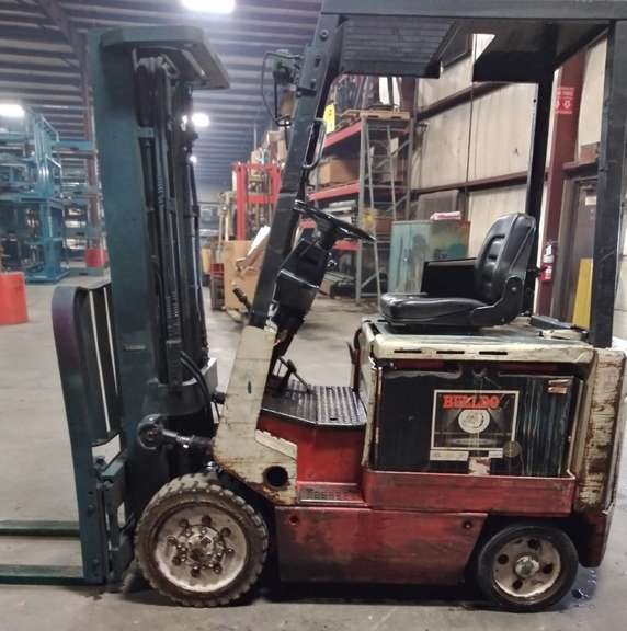 "Nissan 36V Electric Fork Truck, Model CVP02L25FS, Serial No. CWP02-9C2009, Side Shift with Auto 6000 Charger and Service Manual, (May Lift 4375 lbs.), 36"" Forks, 93"" Lift, Battery is Three Years Old"