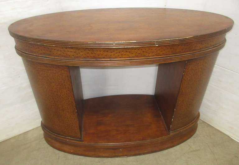 Oval Entryway Table