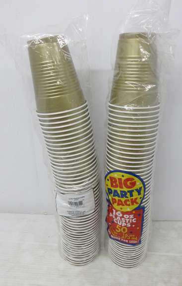 (2) Packs of 16 oz. Plastic Cups, Gold in Color, 100 Total