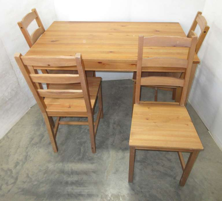 Solid Wood Table with (4) Chairs